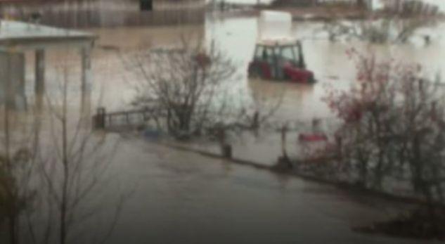 Përmbytje të mëdha në rajonin e Strugës