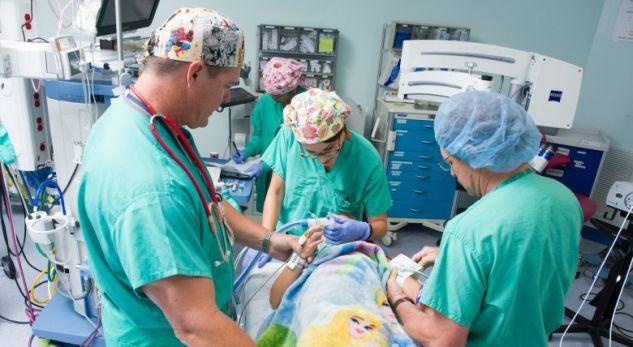 Çka ndodh me ju derisa flini gjatë operacionit: Anesteziologu i zbulon detajet!