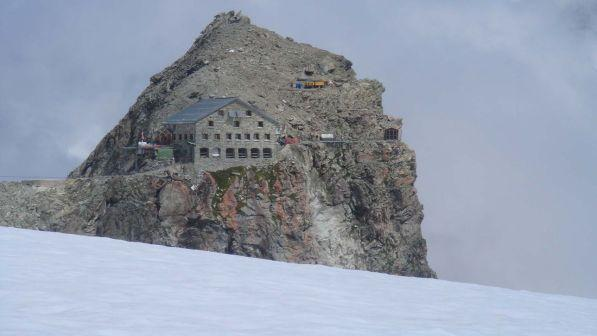 Vdesin 4 alpinistë në Zvicër