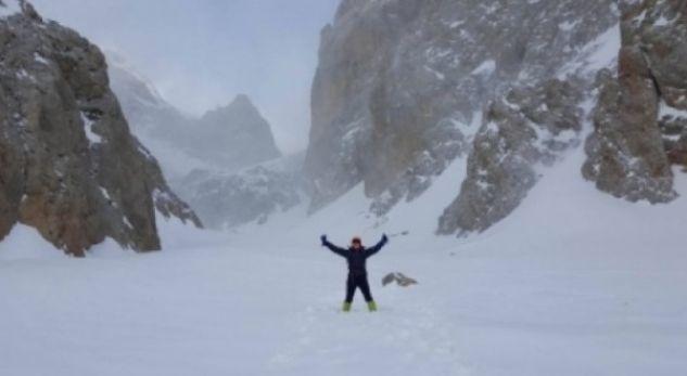 Vdes në Mont Everest alpinisti nga Maqedonia