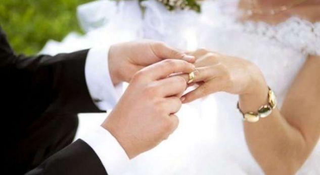 Ja cila është mosha ideale për t'u martuar