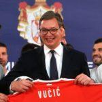 Vuçiq ishte i prerë me kombëtaren serbe: Duhet ta mposhtni bindshëm Zvicrën (VIDEO)