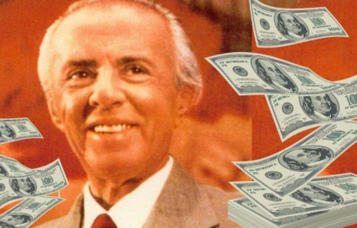Ja sa e ka patur rrogën diktatori Enver Hoxha