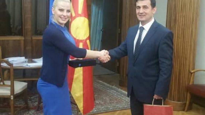 Deputeti i Lëvizjes Besa Zendeli, takohet me homologen e tij nga Kosova Dude Balje