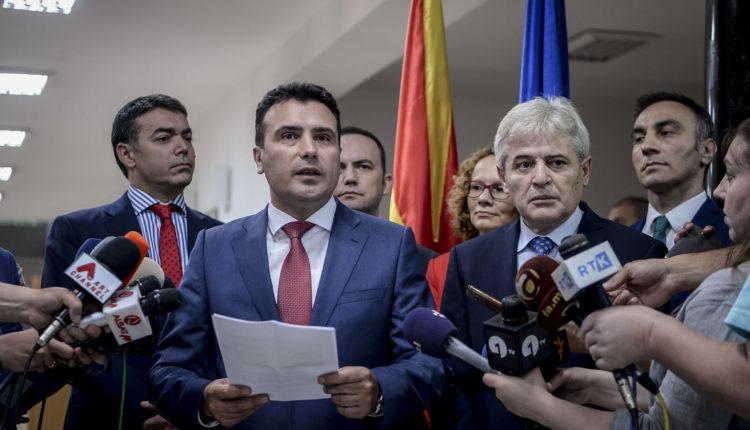 Si do të jetë referendumi në Maqedoni, në lojë dy opsione?!