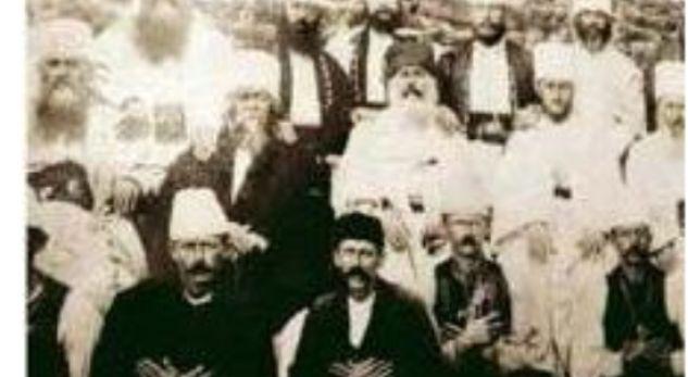 Xhaka dhe Shaqiri festuan me duart shqiponjë, por cila është historia e këtij gjesti? (FOTO)