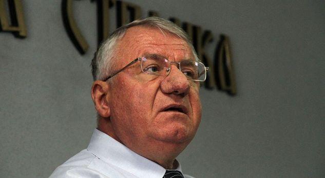 Ja si e quan Granit Xhakën krimineli serb Vojslav Sheshel (FOTO)