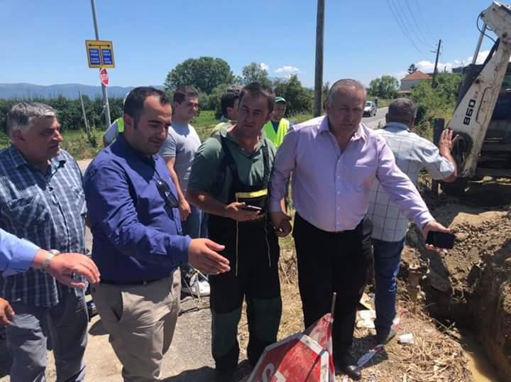 Ramiz Merko dhe Jeton Shaqiri sot lëshuan rrjetin e ri të ujësjellësit në Strugë (FOTO)