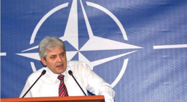 Ahmeti uron qytetarët e Maqedonisë për ftesën për anëtarësim në NATO