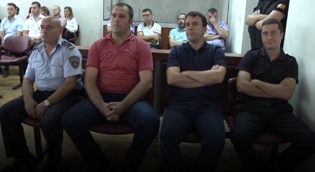 Vrasja në Reçicë, 4 nga të akuzuarit dënohen me nga 4 muaj burg (VIDEO)