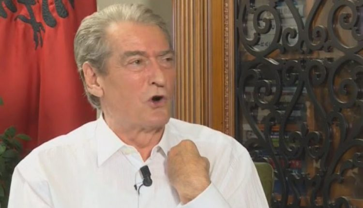 Berisha: Fadil Hoxha ishte tradhtar