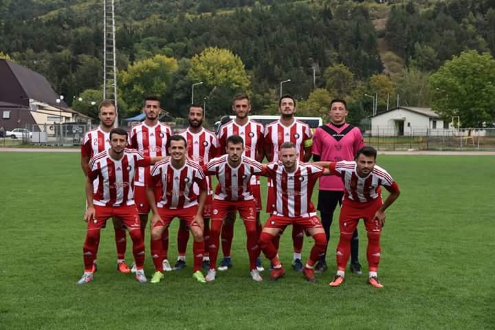 Të shtunën, të gjithë struganët në stadium në mbështetje të F.C Strugës (FOTO LAJM)