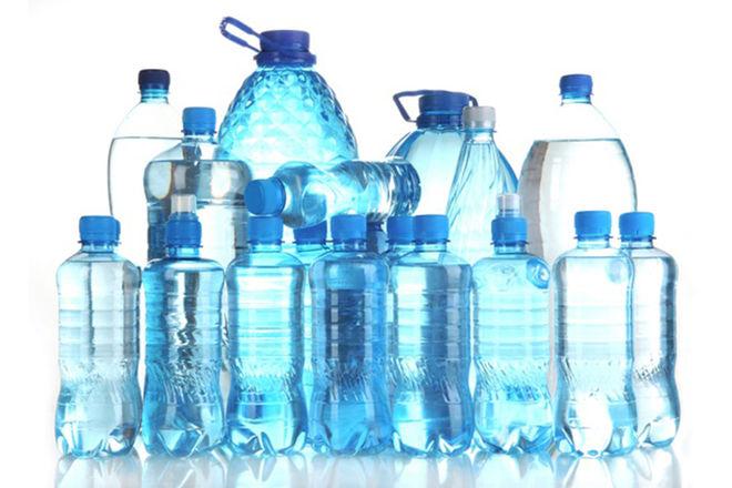 Ja sa është afati i përdorimit të ujit në shishe