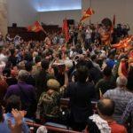 Huliganët e 27 prillit: Duam pajtim nacional, të shtrim dorën edhe me shqiptarët