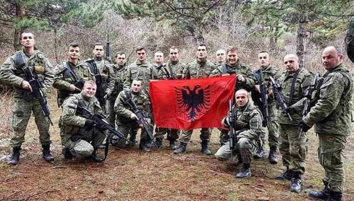 Kosova e Adem Jasharit sot ka ushtrinë e vet! (FOTO)