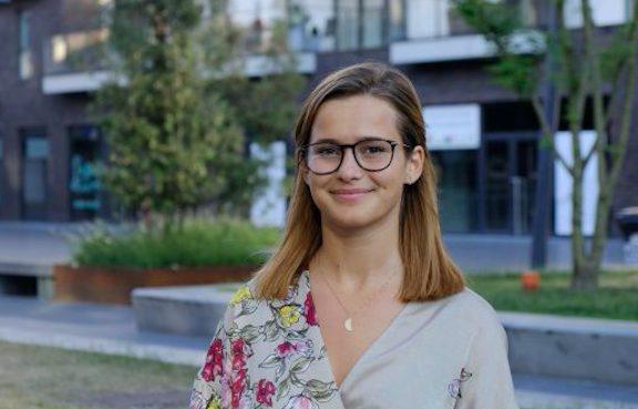 22-vjeçarja shqiptare fiton zgjedhjet në Belgjikë: U kry babush, krenohu atje lart