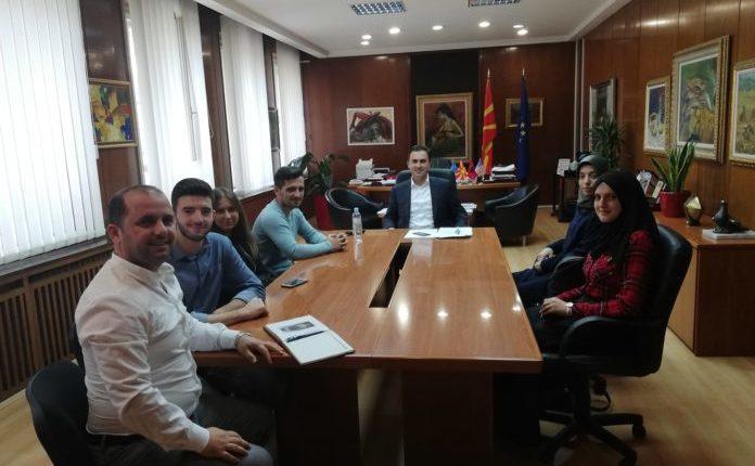 Ministria e kulturës për herë të parë hap dyert për studente me mbulesë