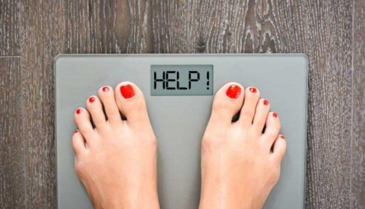 Këto janë shkaqet që ju shtoni në peshë