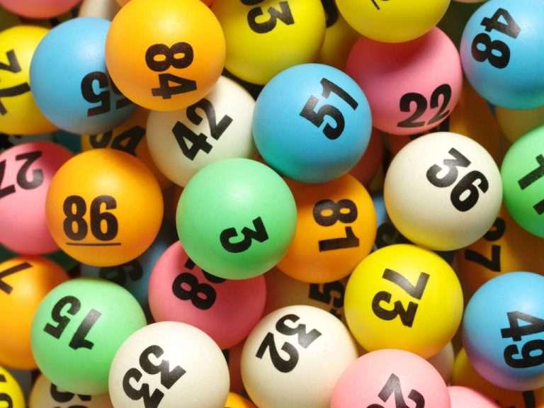 Zvicër: Lotaria e bëri milioner, Fatlumi fiton 99,7 milionë franga