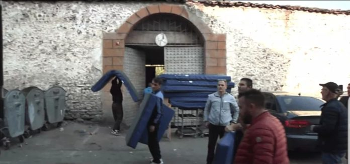 Donacion nga Zvicra për burgun e Tetovës (VIDEO)