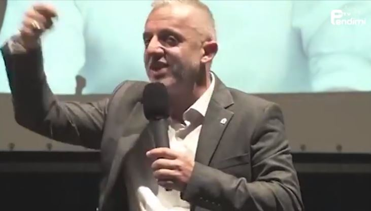 """""""Ne si shoqatë s'do ndalemi derisa te mberrijmë te fukaraja i fundit"""" – Hoxhë Halil Kastrati (VIDEO)"""
