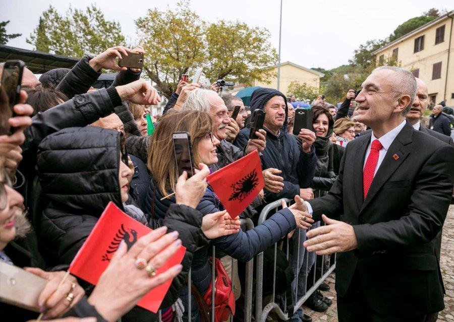 Presidenti i Shqipërisë takon arbëreshët në Itali: Mirënjohës që ruajtët gjuhën e Skënderbeut
