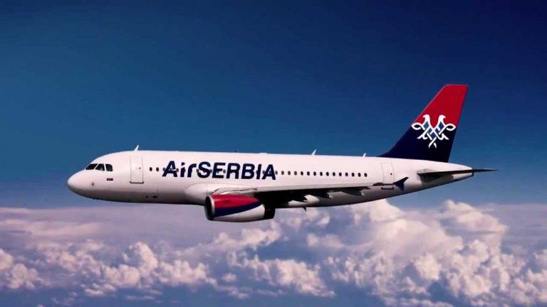 Gazetari shqiptar, Sina përjeton tmerrin me 'Air Serbia': Mos udhëtoni me të!