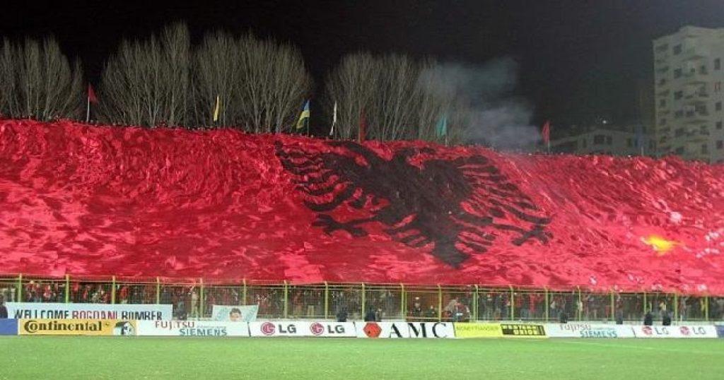 Flamuri i Shqiptarëve është më i bukuri në botë