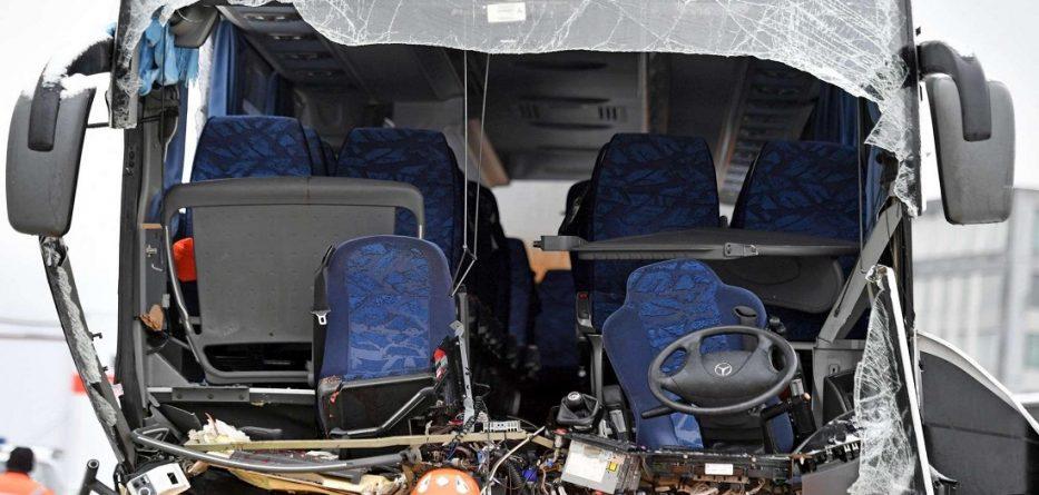 Nga aksidenti i rëndë në Zvicër, humbi jetën një grua dhe 44 persona u lënduan