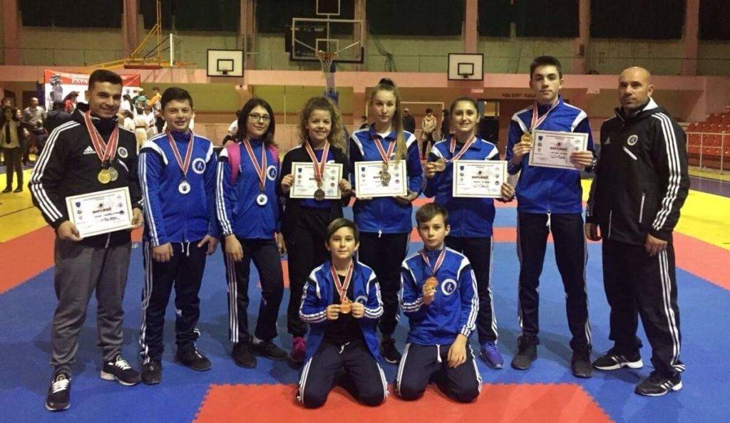 """K.K """"DRINI"""" i Strugës fiton 11 medalje në Vlorë (FOTO)"""