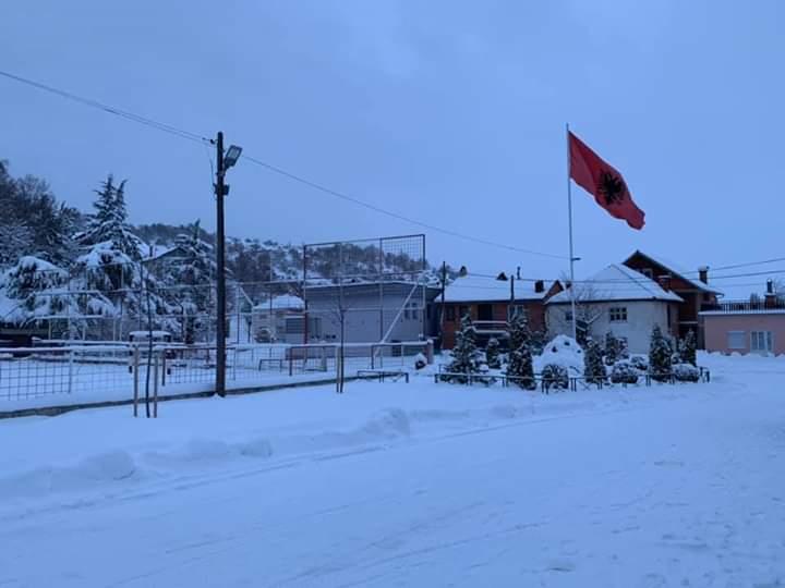 Këto janë pamjet me borë në Koroshishtë (FOTO)