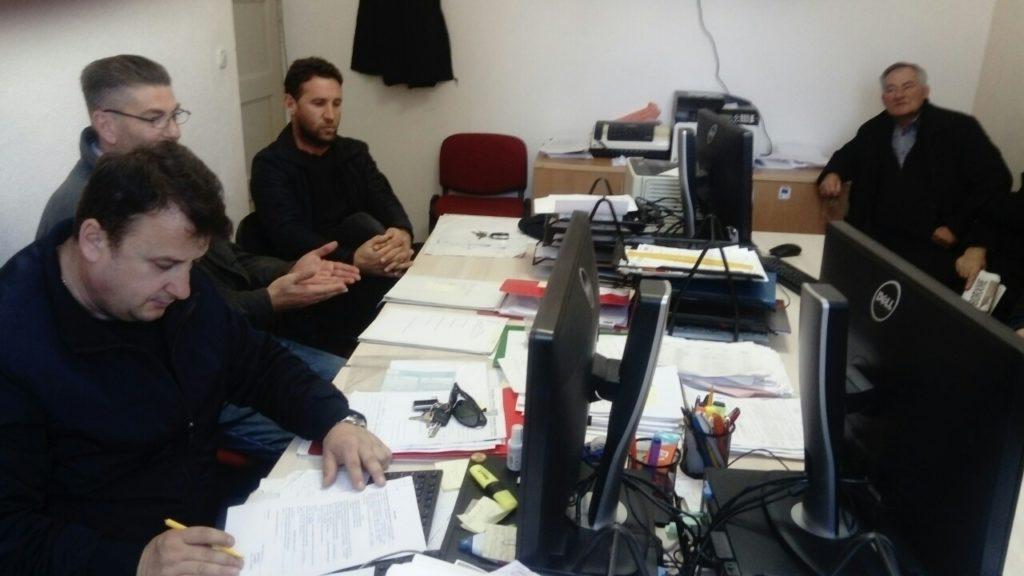 Teki Arsllani zgjidhet kryetari i Dollogozhdës, sekretar zgjidhet Jetmir Mazari (FOTO)