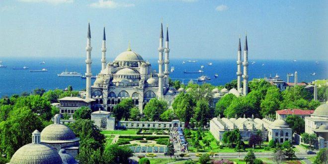 Islami brenda këtij shekulli bëhet feja më e madhe në botë