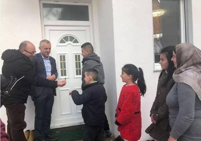 Halil Kastrati i bën me shtëpia edhe këto familje