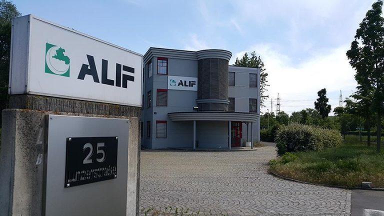 Në Austri gjykata anulon vendimin e qeverisë për mbylljen e 6 xhamive