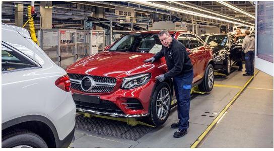 """""""Mercedes-benz"""" nderon punëtorët me nga 5 mijë euro"""