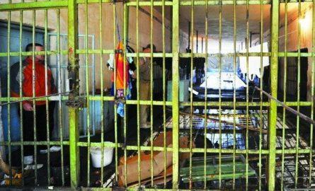Vdes një person në burgun e Idrizovës
