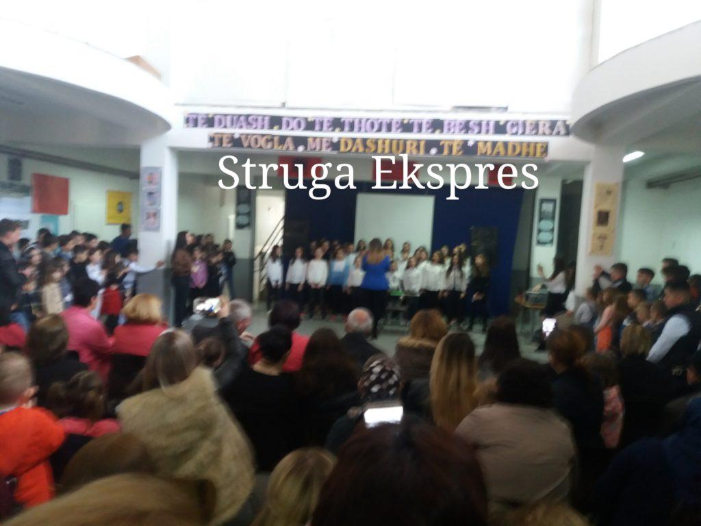 Shkolla e Frëngovës festoi mrekullisht Ditën e Mësuesit (FOTO)