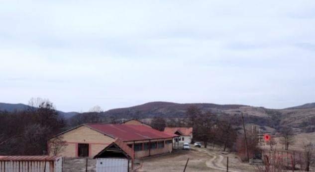 Braktiset fshati, shkolla mbetet me 6 nxënës (VIDEO)