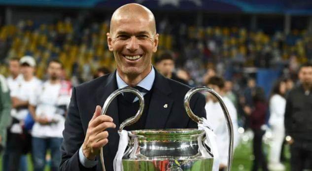 Zyrtare: Mjeshtri i tripletës kthehet në Madrid
