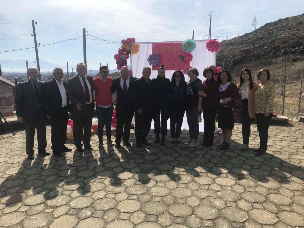 """Shkolla e Zagraçanit """"Baftiar Banushi"""" sot festoi Ditën e Mësuesit (FOTO)"""
