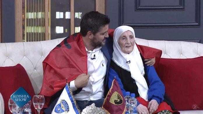 105 vjeçarja emocionon Marin Memen. Shikoni çfarë i dhuron atij! (VIDEO)