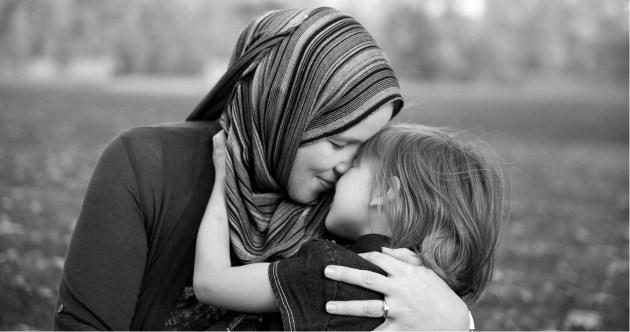 Ka mijëra gra, por vetëm një nënë, është drita e shtëpisë