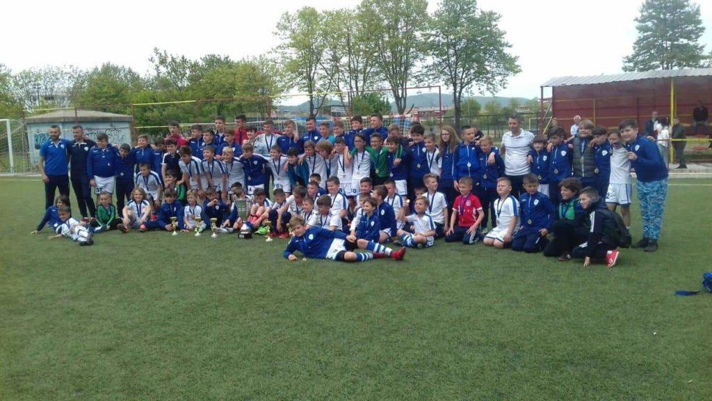 """""""Fc Young Team"""" -Strugë dhe Seit Kreka është kampioni që """"shpartallon"""" çdo ekip në Maqedoni (FOTO)"""