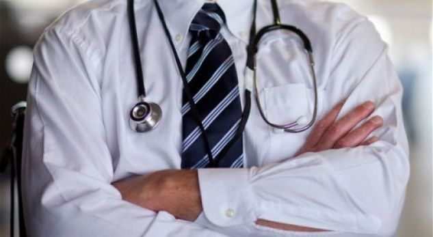 100 mijë denarë do të jetë rroga e mjekëve në Maqedoninë e Veriut deri në 2020-tën