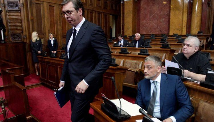 Jovanoviq e hesht Vuçiqin e Sheshelin në Kuvend: Kosova është shtet, e kemi humbur (VIDEO)