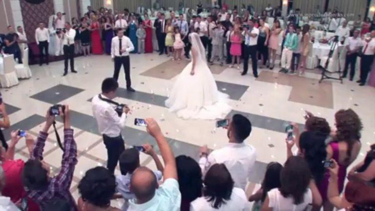 """""""Çmenduri"""" dhe fitime marramendëse/ Ja sa fitojnë këngëtarët shqiptarë nëpër dasma (FOTO"""