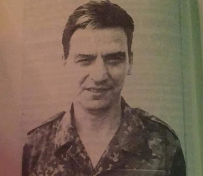 Nëse e kërkoni Hysni Shaqirin, prej sot e gjeni në vijën e parë të frontit, përkrah forcave të UÇK-së (FOTO)