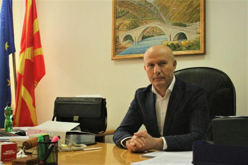 Asim Musa: Ftoj doktorët e papunë të lidhim kontratë për punë në Strugë