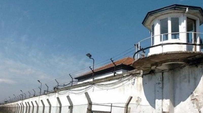 Vdes një i burgosur në Idrizovë